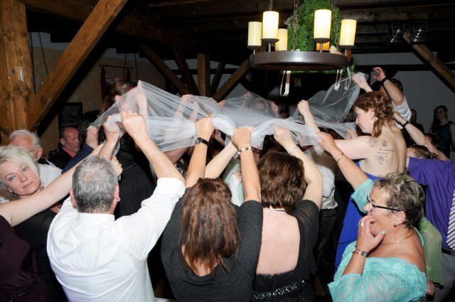 Ihr Hochzeits-DJ für die perfekte Anmiation